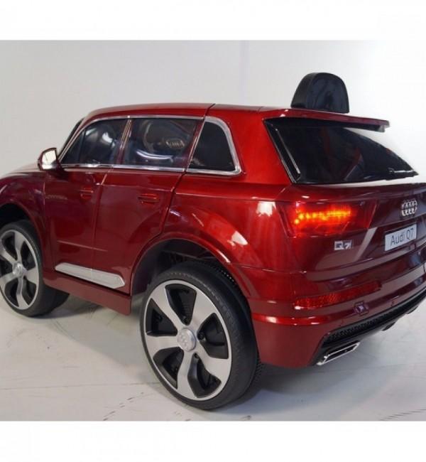 Акумулаторен джип Audi Q7 New Wi fI с меки гуми и кожена седалка
