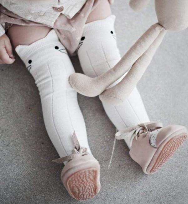 Високи чорапки